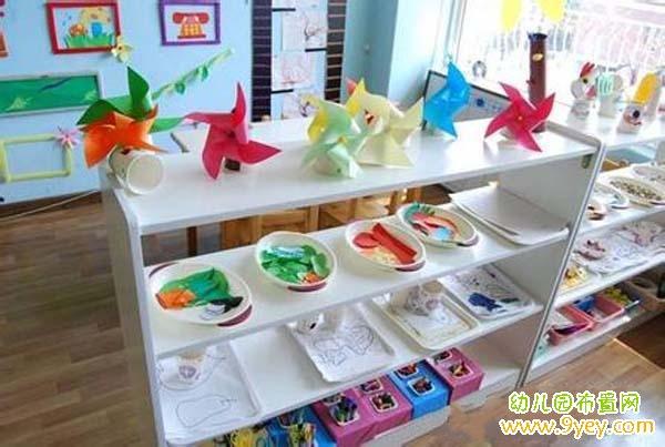 齐的幼儿园大班美工区环境布置