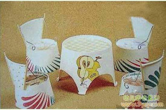 儿童手工制作:纸杯餐桌椅